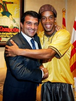 [ رابطة نادي برشلونة ] [ 2007 | 2008 ] Laporta_ronaldinho